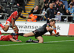 Nikki Walker dives over to score the Ospreys 1st try. Ospreys V Worcester Warriors, EDF Energy Cup  © Ian Cook IJC Photography iancook@ijcphotography.co.uk www.ijcphotography.co.uk