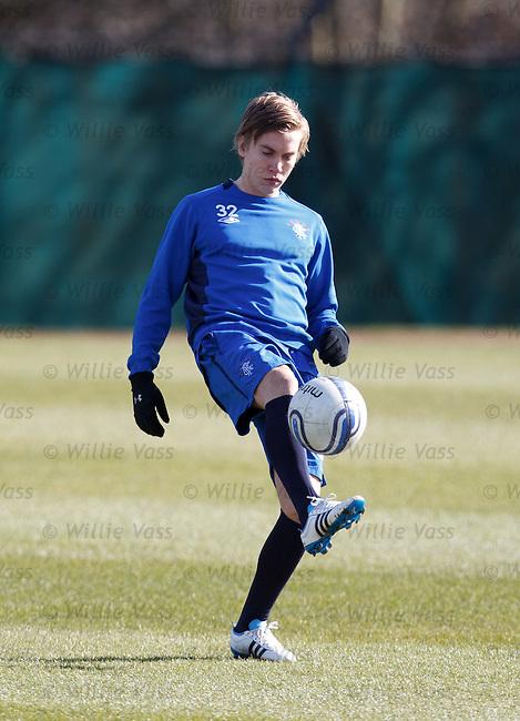 Thomas Kind Bendiksen back training