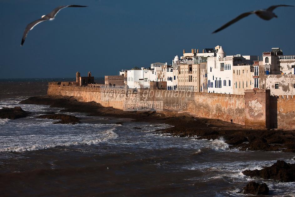 Afrique/Afrique du Nord/Maroc/Essaouira: La médina et ses remparts  vue depuis le sommet de la Skala du Port