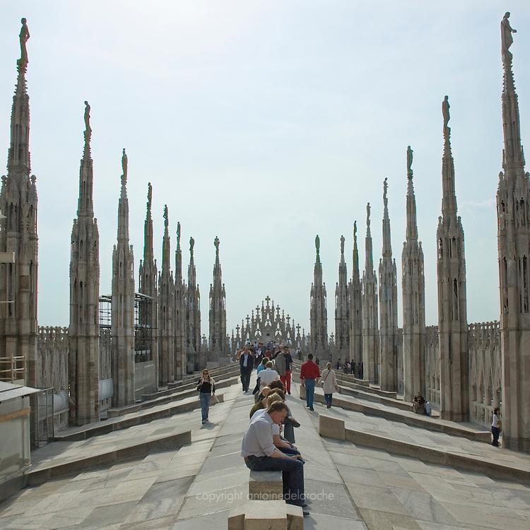 city angels, Duomo, Milan