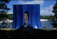 1995-1999; Issy les Moulineaux; Ile Saint Germain