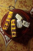 Asie/Vietnam/Hanoi: le marhé - détail de fromages de soja