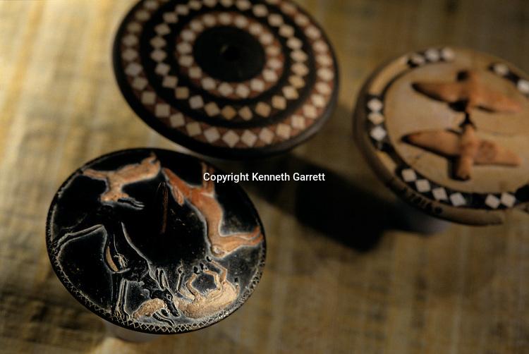 Black steatite and alabaster gaming discs, Tomb of Hemaka, 1st dyanasty