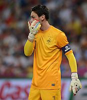 FUSSBALL  EUROPAMEISTERSCHAFT 2012   VIERTELFINALE Spanien - Frankreich      23.06.2012 Torwart Hugo Lloris (Frankreich)