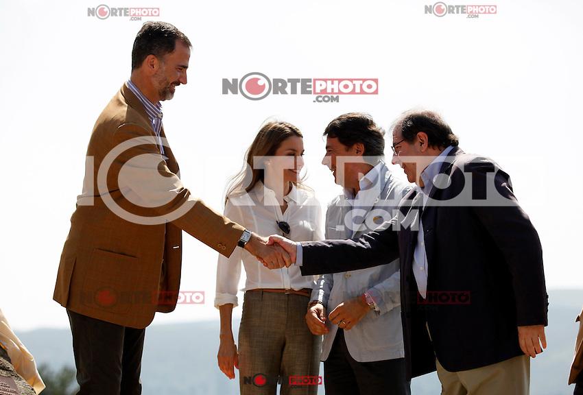 "Prince Felipe and Princess Letizia of Spain visit ""Sierra de Guadarrama"" recenty designated ""National Park"" in Madrid, Spain. July 10, 2013. (Victor J Blanco/Alterphotos) ©NortePhoto"