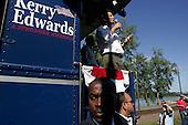 Washington, Missouri.USA.August 5, 2004..Sen. John Kerry and Sen. John Edwards accompanied by their wives begin a whistle stop train tour of the USA.