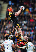 Kearnan Myall of Wasps wins the ball at a lineout. European Rugby Champions Cup quarter final, between Wasps and Exeter Chiefs on April 9, 2016 at the Ricoh Arena in Coventry, England. Photo by: Patrick Khachfe / JMP