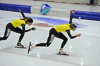 SCHAATSEN: HEERENVEEN: 24-10-2014, IJsstadion Thialf, Topsporttraining Team LottoNL - Jumbo, Roxanne van Hemert, Annette Gerritsen, ©foto Martin de Jong