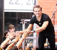 AUG 22 Hunter Hayes performs at NBC's Today Show Concert Series