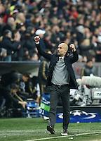FUSSBALL CHAMPIONS LEAGUE  SAISON 2015/2016 ACHTELFINAL RUECKSPIEL FC Bayern Muenchen  - Juventus Turin      16.03.2016 Schlussjubel  Trainer Pep Guardiola (FC Bayern Muenchen)