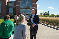 20130925 UVM Provost David Rosowsky Chats with Students