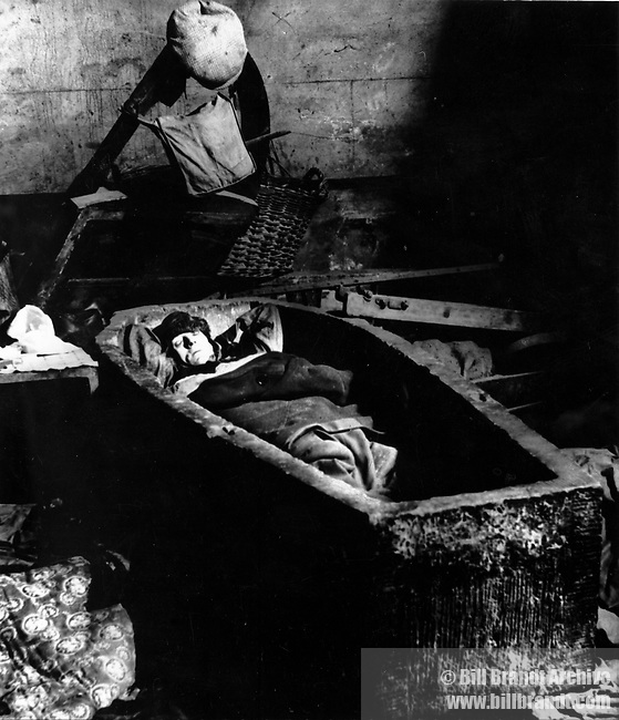 Sheltering in a Spitalfields Crypt 1940