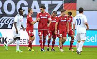 Michael Ballack klatscht sich mit Michael Schumacher ab beim Abschiedsspiel von Michael Ballack in der Red-Bull-Arena Leipzig. Unter dem Motto &quot;Ciao Capitano&quot; bestreitet der Ex-Fussballprofi sein letztes gro&szlig;es Spiel mit Freunden in Leipzig gegen eine Auswahl von Wegbegleitern. <br /> Foto: Christian Nitsche