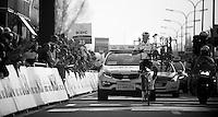 Dwars door Vlaanderen 2012.winner: Niki Terpstra (symbolising Specialized?)