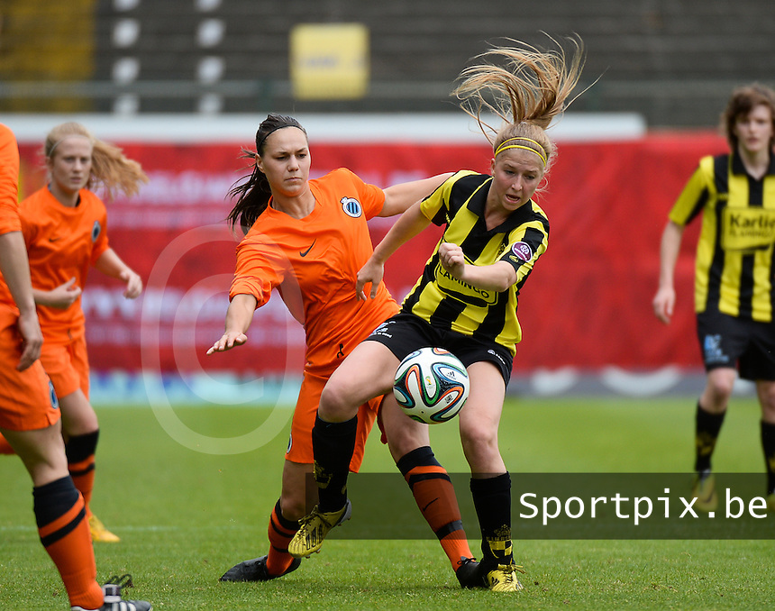 20150514 - BEVEREN , BELGIUM : duel pictured between Lierse's Merel Groenen (right) and Brugge's Jassina Blom (left) during the final of Belgian cup, a soccer women game between SK Lierse Dames and Club Brugge Vrouwen , in stadion Freethiel Beveren , Thursday 14 th May 2015 . PHOTO DAVID CATRY