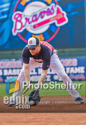 19 March 2015: Atlanta Braves first baseman Freddie Freeman warms up prior to a Spring Training game against the Miami Marlins at Champion Stadium in the ESPN Wide World of Sports Complex in Kissimmee, Florida. The Braves defeated the Marlins 6-3 in Grapefruit League play. Mandatory Credit: Ed Wolfstein Photo *** RAW (NEF) Image File Available ***