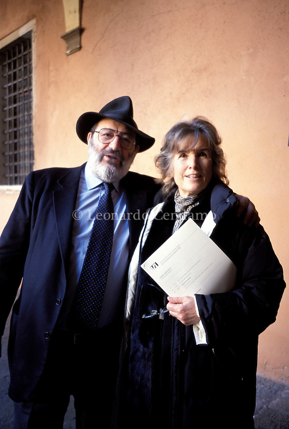 2002. Umberto Eco, Italian semiologist, and his wife Renate Ramge, professorof visual communication. Mr Eco is a renowned Italian semiotician, philosopher, linguist, bibliophile, novelist, essayist and Professor. He becomes very popular on the world literary scene with his books 'In the name of the rose' ('In nome della rosa').