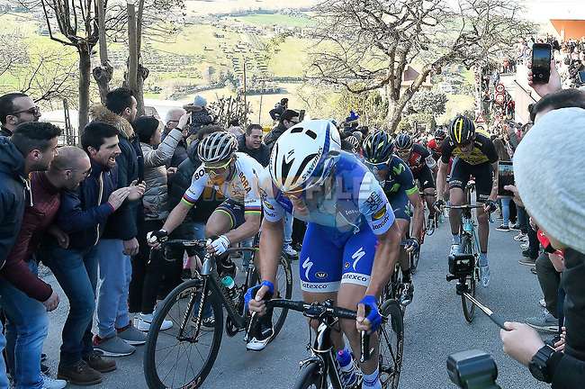 World Champion Peter Sagan (SVK) Bora-Hansgrohe climbs one of the ramps to Fermo during Stage 5 of the 2017 Tirreno Adriatico running 210km from Rieti to Fermo, Italy. 12th March 2017.<br /> Picture: La Presse/Fabio Ferrari  | Cyclefile<br /> <br /> <br /> All photos usage must carry mandatory copyright credit (&copy; Cyclefile | La Presse)