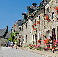 France, Brittany, Département Côtes-d'Armor, Locronan: one of The most beautiful villages of France (Les Plus Beaux Villages de France) | Frankreich, Bretagne, Département Côtes-d'Armor, Locronan: gehoert zu den schoensten Doerfern Frankreichs (Les plus beaux villages de France)