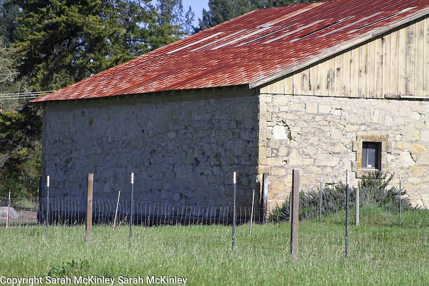 An old stone barn on Highway 128 between Geyserville and Calistoga in Napa County in Northern California.
