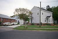 1997 April 24..Conservation.Ballentine Place...NRHA HABITAT HOUSE.COMPLETE...NEG#.NRHA#..