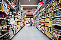 Annuska in the Superama supermarket in the Condesa Neighborhood. Snap shots November/December, Mexico 2012