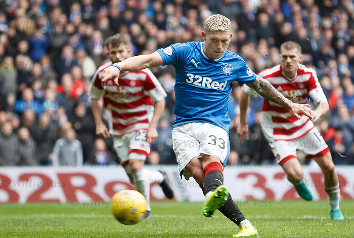 Martyn Waghorn scores from the spot