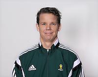 FUSSBALL Fototermin FIFA WM Schiedsrichterassistenten 09.04.2014 Daniel WARNMARK (Schweden)