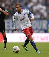 FUSSBALL   1. BUNDESLIGA   SAISON 2013/2014   4. SPIELTAG Hamburger SV - Eintracht Braunschweig                  31.08.2013 Rafael van der Vaart (Hamburger SV)  am Ball