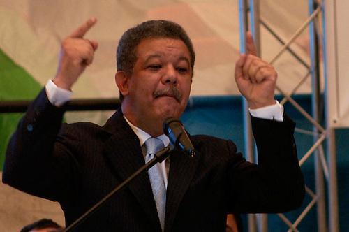ACENTO ECONÓMICO SEMANAL: Las escandalosas expresiones de Leonel
