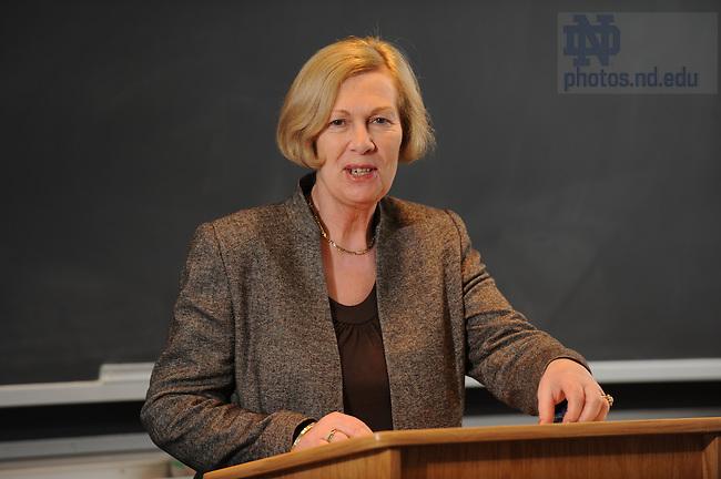 Guest lecturer Judith Brown speaks in DeBartolo Hall