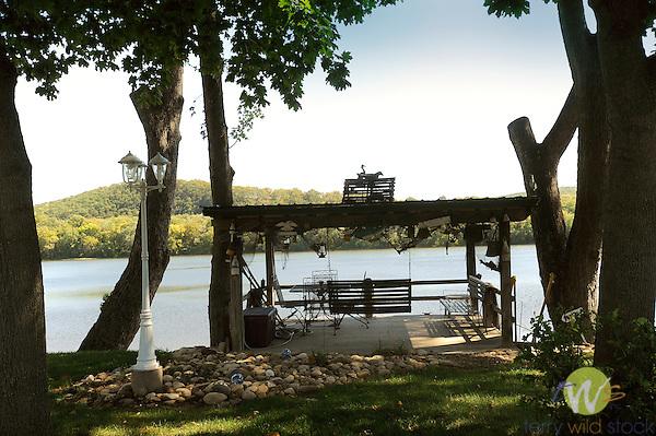 Isle of Que, Susquehanna River. River view deck.