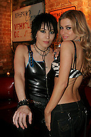 carmen electra dating joan jett