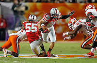 Ohio State Buckeyes tight end Jeff Heuerman (86) gets a first down on a fake punt in the 1st quarter of their game against Clemson Tigers in the Discover Orange Bowl at Sun Life Stadium in Miami Gardens, Florida on January 3, 2014.(Dispatch photo by Kyle Robertson)