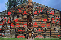 731000316 carved totem artifact by the kean native indian people in british columbia canada