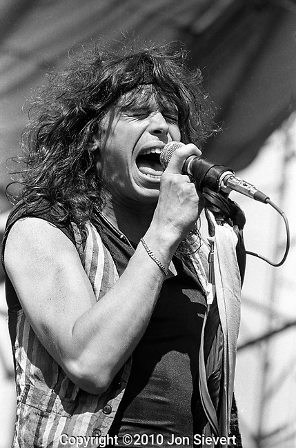 Steven Tyler, July 23, 1978, Oakland Coliseum.36-19-9