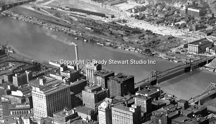 Pittsburgh PA:  Aerial View of the North Side and Allegheny River in 1932.  The city of Pittsburgh and 6th Street bridge in the foreground.
