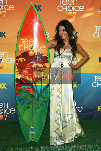 Vanessa Hudgens<br />in the press room of the 2007 Teen Choice Awards. Gibson Amphitheater, Universal City, CA. 08-26-07<br />Dave Edwards/DailyCeleb.com 818-249-4998