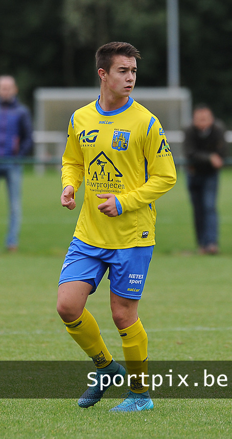 20150905 - WAREGEM , BELGIUM : Westerlo 's Stijn Van Noppen pictured during the Under 19 ELITE soccer match between SV Zulte Waregem and KVC Westerlo U19 , on the fourth matchday in the -19 Elite competition. Wednesday 5 September 2015. PHOTO DAVID CATRY