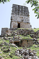 Watchtower, at the top of a pyramidal base, Roof comb crowning the temple, Puuc Style, 700 ? 1000 AD, Labna, Yucatan, Mexico. Picture by Manuel Cohen