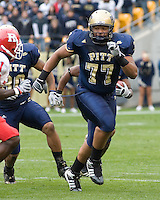 October 25, 2008: Pitt offensive lineman Jason Pinkston (77). The Rutgers Scarlet Knights defeated the Pitt Panthers 54-34 on October 25, 2008 at Heinz Field, Pittsburgh, Pennsylvania.