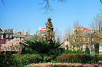 The statue of Rembrandt on the Rembrandtsquare in Amsterdam (Netherlands, 12/04/1991)