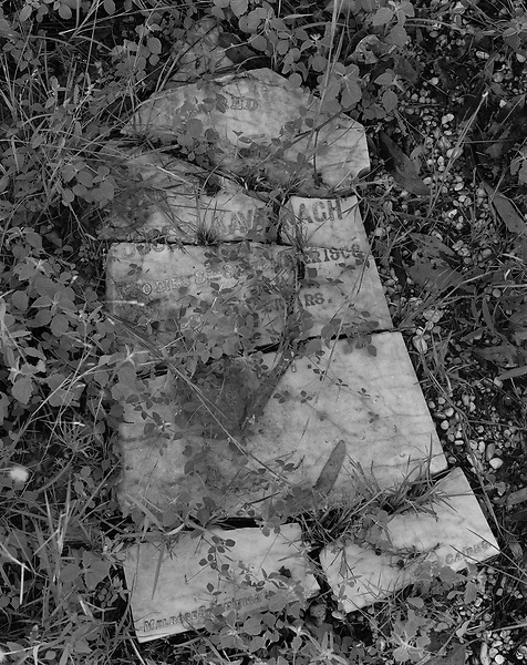 Thornborough Cemetery<br /> Broken Headstone<br /> March 2001