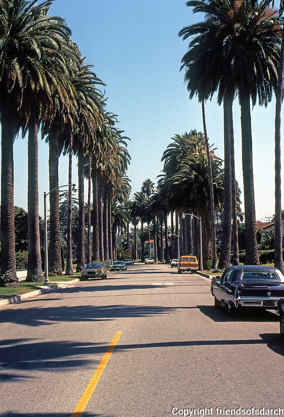 Los Angeles: Hillcrest St., Beverly Hills.  Photo '78.