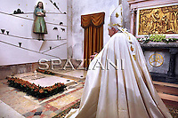Pope Benedict XVI visits the three little shepherds tomb during the traditional 13th May annual celebrations celebrated by him at Fatima's Sanctuary, Portugal, 13 May 2010. Pope Benedict XVI is on a four days official visit to Portugal to attend the annual celebrations of the Our Lady 13 May 1917 apparition to the three little shepherds and the 10th year of their beatification.