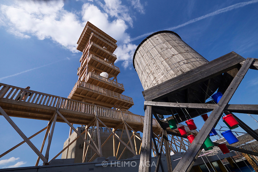Linz, Austria. H&Ouml;HENRAUSCH.3<br /> Die Kunst der T&uuml;rme (The Art of Towers)<br /> Ober&ouml;sterreich-Turm (Upper Austria Tower) and Wasserturm (Water Tower), r.