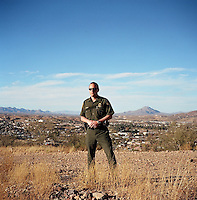 Border Patrol agent Jim Hawkins in Nogales (US side).12/9/05.photos: Hector Emanuel