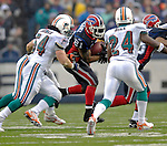 17 December 2006: Buffalo Bills running back Willis McGahee (21) in action against the Miami Dolphins at Ralph Wilson Stadium in Orchard Park, New York. The Bills defeated the Dolphins 21-0.. .Mandatory Photo Credit: Ed Wolfstein Photo<br />