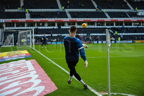 21.2.2015.  Derby, England. Skybet Championship. Derby County versus Sheffield Wednesday. Sheffield Wednesday players warm up taking corners ahead of the game.