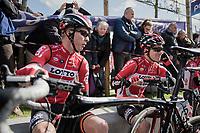 Marcel Sieberg (DEU/Lotto-Soudal) &amp; Jurgen Roelandts (BEL/Lotto-Soudal) relaxing &amp; enjoying some sunshine at the start<br /> <br /> 72nd Dwars Door Vlaanderen (1.UWT)<br /> 1day race: Roeselare &rsaquo; Waregem BEL (203.4km)